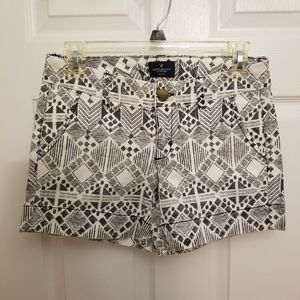 American Eagle Geometric Pattern Midi Shorts